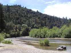 Bear_River_near_parking_lot.JPG