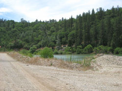 Chevreux_Quarry_RiverAdj_5122.JPG