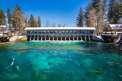 Lake_Tahoe_Dam_Apr17-001.jpg