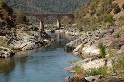 Looking_N2S_from_Afar.jpg
