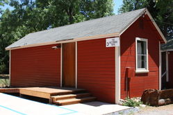 Mtn_Retreat_Red_Cabins_(36).JPG