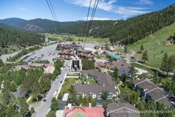 Squaw_Valley_Gondolta_and_Cable_Car_(18).jpg