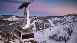 Squaw_Valley_Gondolta_and_Cable_Car_(7).jpg