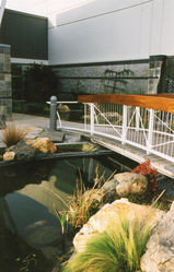 bridge_to_front_entrance_300dpi.jpg